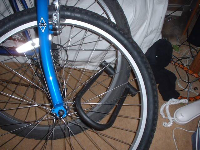 how to use bike d lock